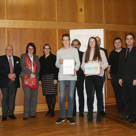 Nächste Auszeichnung im MINT-Bereich für das Otto-Hahn-Gymnasium